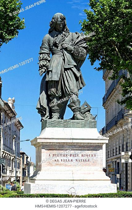 France, Herault, Beziers, Paul Riquet path, statue of Pierre Paul Riquet designer and director of the Canal du Midi listed as World Heritage by UNESCO