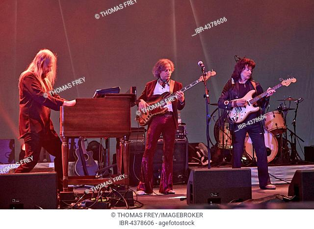 Loreley open-air stage, Monsters of Rock, Rainbow, from left to right, keyboard player Jens Johansson, bass player Bob Nouveau, Ritchie Blackmore