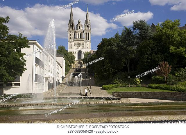 Europe, France, Maine et Loire 49, Angers, fountains and Cathedral St Maurice