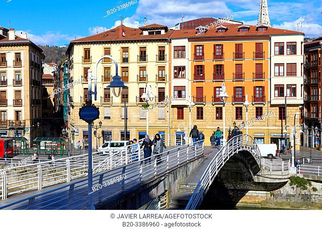 Puente de la Ribera bridge, Casco Viejo, Ria del Nervión River, Bilbao, Bizkaia, Basque Country, Spain, Europe