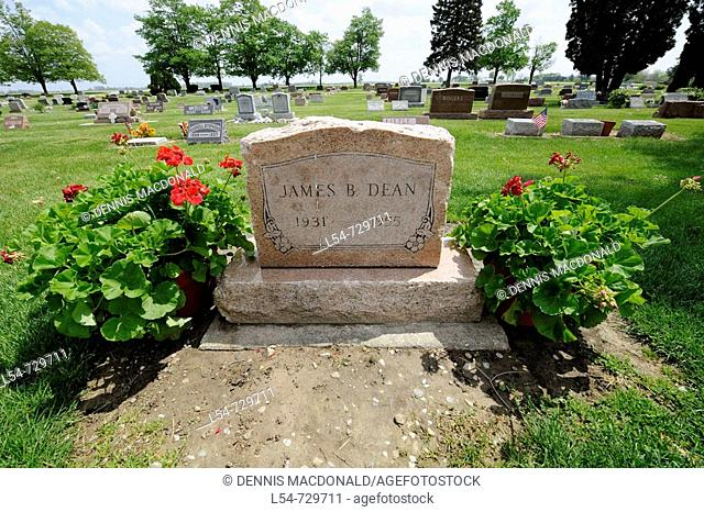 James Byron Dean Boyhood hometown and burial place Fairmount Indiana IN
