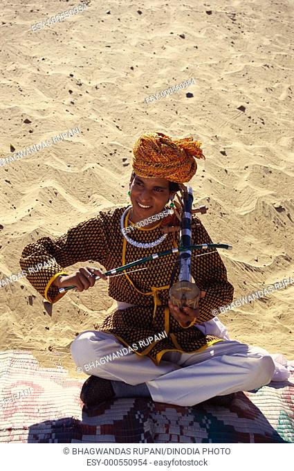 Folk musician from Rajasthan , India MR657