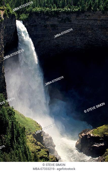 Helmcken Falls, Waterfall, Wells Gray Provincial Park, Canada