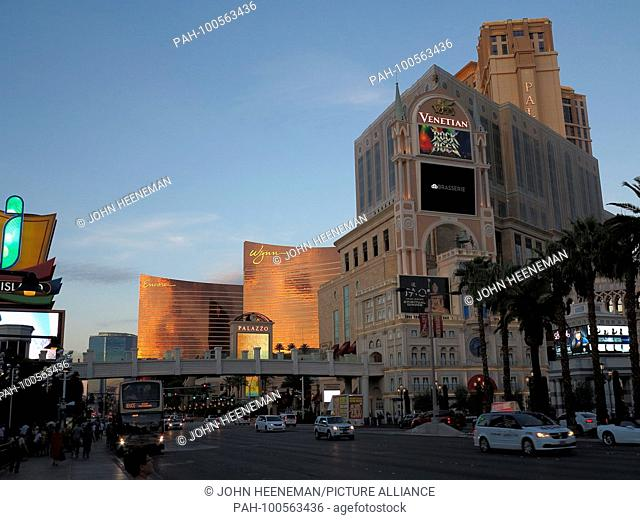 Las Vegas, Nevada , the Venetian at The Strip (Las Vegas Boulevard), United States of America,     October 2015 | usage worldwide