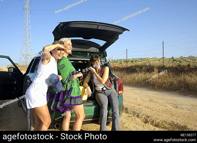 Trip of three sisters through rural routes by car
