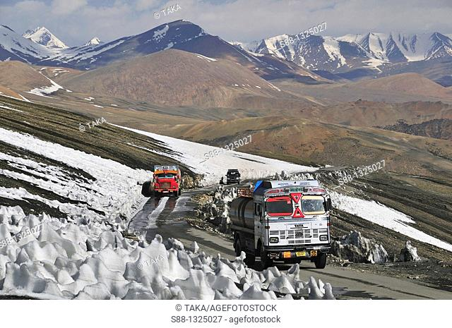 Truck pass through by the Taglang La, 2nd high pass in the world. Jammu and Kashmir, India
