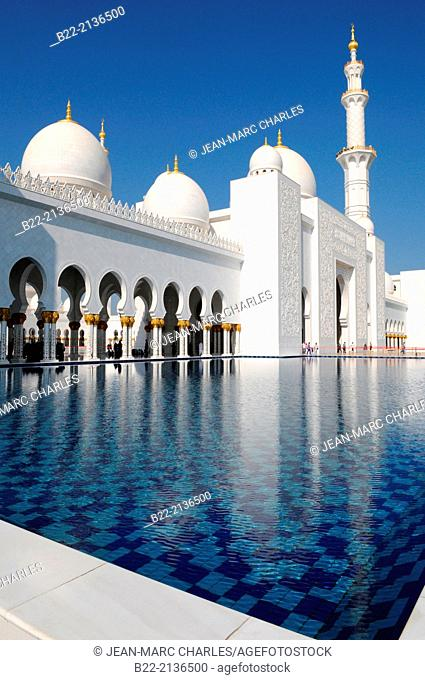 Sheikh Zayed Grand Mosque, Abu Dhabi, the capital city of the United Arab Emirates, Persian Gulf
