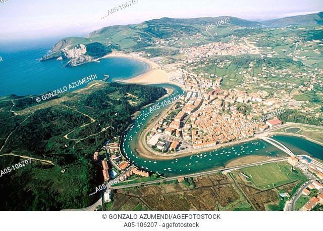 Plencia, Gorliz in background. Vizcaya. Euskadi. Spain