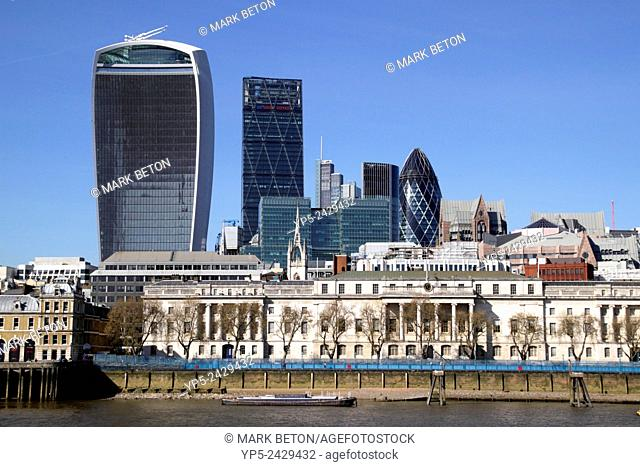London skyline view from River Thames