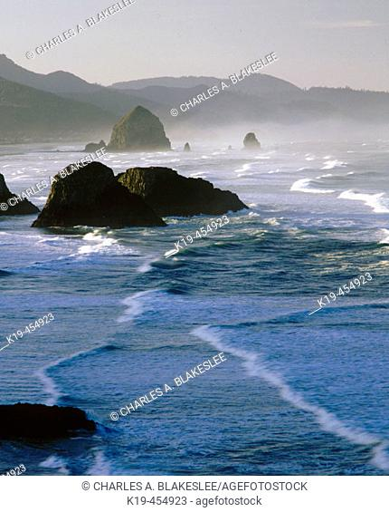 Sunrise on the Pacific Ocean. Ecola State Park. Clatsop County. Cannon Beach. Oregon. USA