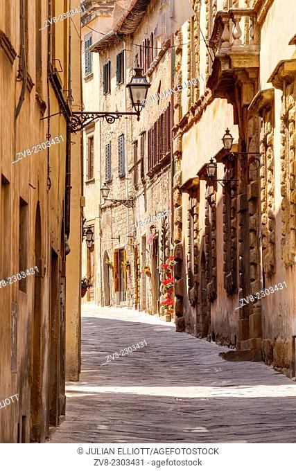 The narrow streets of Volterra, Tuscany