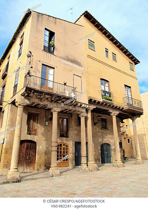 -Ancient House in Cathedral's Square- Tarragona(Spain)