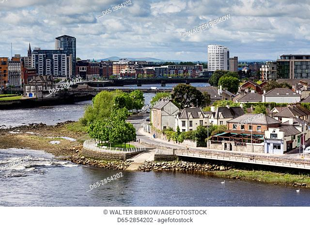 Ireland, County Limerick, Limerick City, elevated city view along the River Shannon