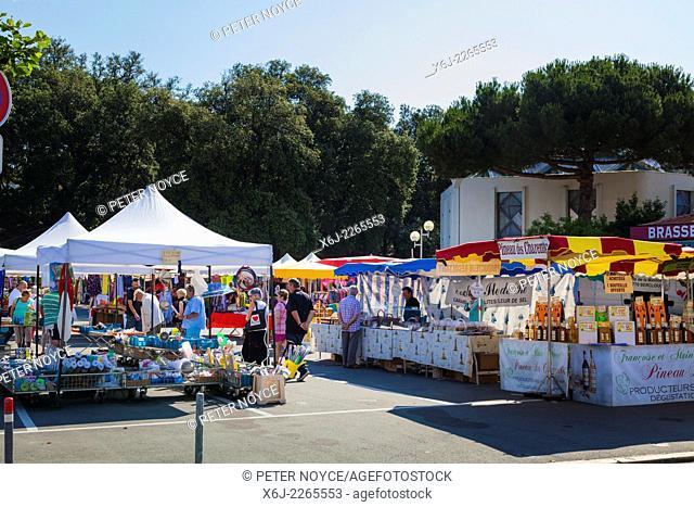 French market at Saint-Palais-sur-mer near Royan