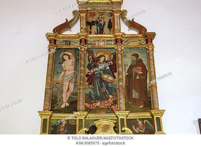retablo de San Miguel, siglo XVI-XVII, iglesia de Sant Miquel, Pla de Tel, Campanet , Mallorca, balearic islands, Spain