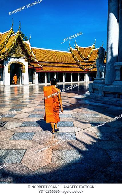 Asia. Thailand, Bangkok. Wat Benchamabophit, Marble Temple, Monks