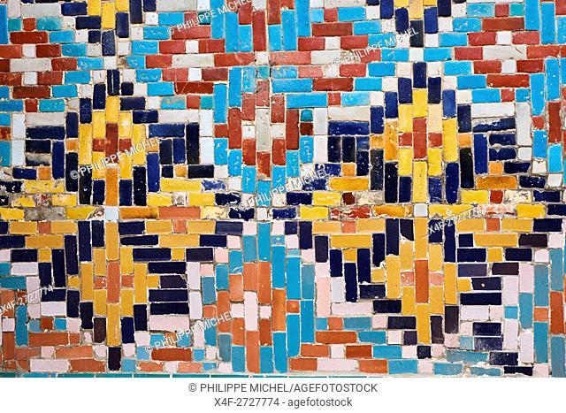 Uzbekistan, Fergana region, Kokand, capital of Khanat of Kokand, Palace of the Khan, Khoudayar Khan, XiX century, polychrome ceramics