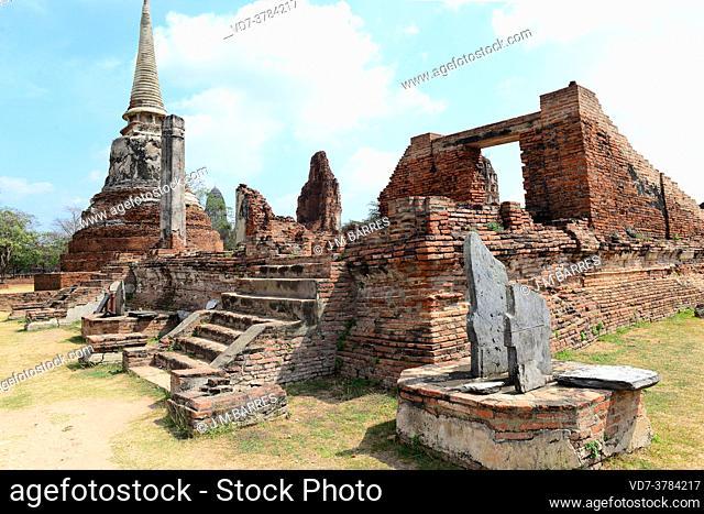 Ayutthaya Historical Park, Wat Mahathat buddhist temple (14th century, World Heritage). Phra Nakhon Si Ayutthaya, Thailand