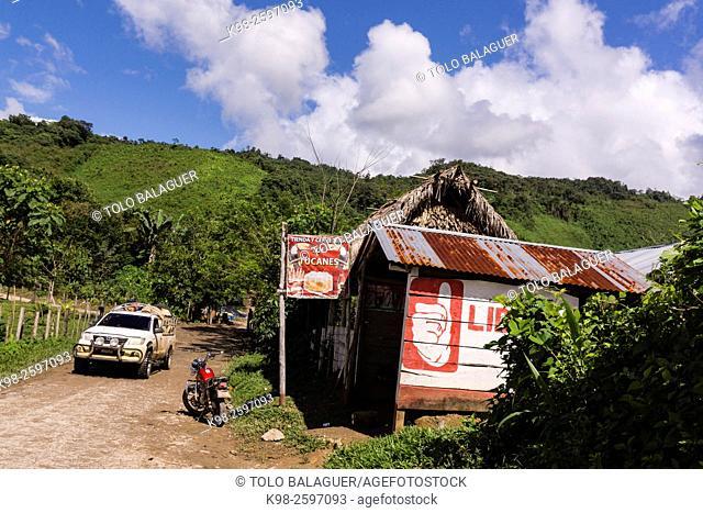 Saquixpec, sierra de Chama, zona Reyna, Quiche, Guatemala, Central America
