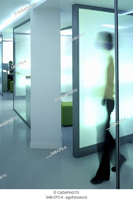 Leute im Buero - Innenraum   People at the Office - Indoor   fully-released
