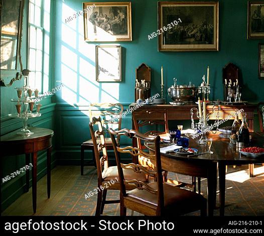 Mount Vernon, Virginia, USA - Home of George Washington - Family dining room