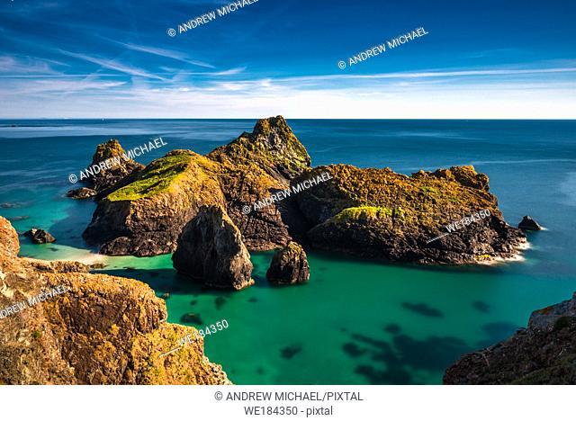 Dramatic scenery at Kynance Cove on the Lizard peninsula, Cornwall, England, United Kingdom, Europe
