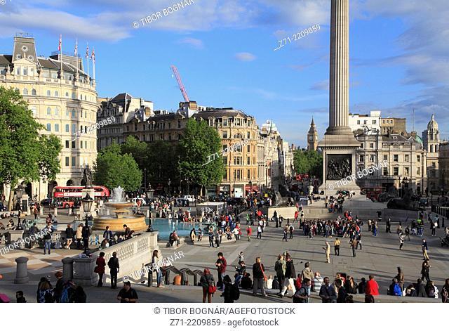 UK, England, London, Trafalgar Square, people, crowd,