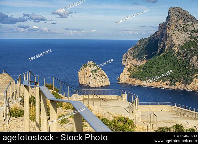 Colomer viewpoint, Mirador de sa Creueta, Formentor, Mallorca, Balearic Islands, Spain