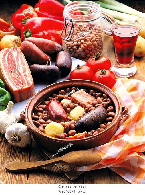Basque-style pinto beans