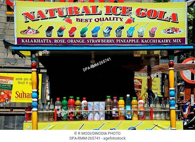 Vendor selling Natural Ice Gola, Mahabaleshwar, Maharashtra, India, Asia