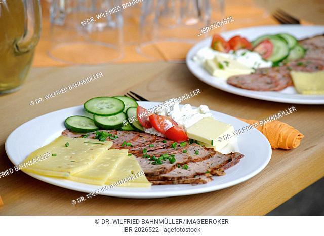 Brotzeit, traditional Bavarian snack, with herbs in Café-Bistro Kraeutertopf, herbal shop with cafe, Bad Heilbrunn, Upper Bavaria, Bavaria, Germany, Europe