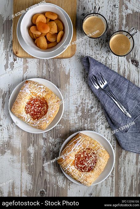 Danish apricot bags