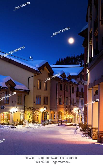 Canada, British Columbia, Sun Peaks, Sun Peaks Resort, ski lodges, winter, dawn