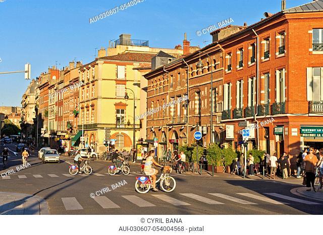 France, Toulouse, Pink City, cityscape, low sun, City center