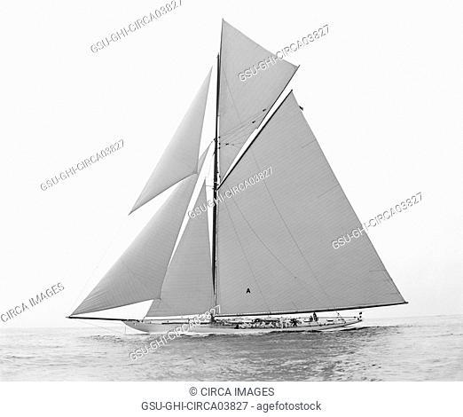 Yacht Columbia, America's Cup Winner, New York Harbor, New York City, New York USA, Detroit Publishing Company, 1901