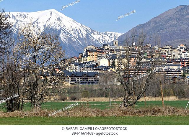 Puigcerdà, capital of the Catalan comarca of Cerdanya, in the province of Girona, Catalonia, northern Spain