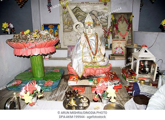 baby kabir das statue in kabir math, varanasi, uttar pradesh, Asia, India