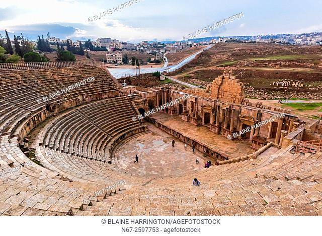 South Theatre, built in 90 - 92 AD, with 32 rows of seats for 5,000 spectators, ancient Roman city of Jerash, Jordan