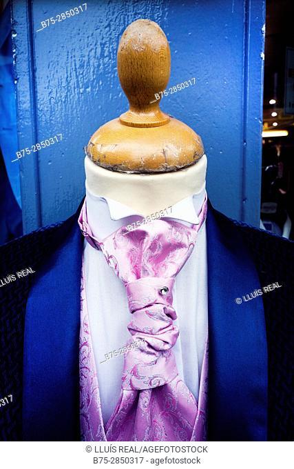 Close-up of a headless mannequin wearing a necktie. Petticoat Lane Market, East End, London, England