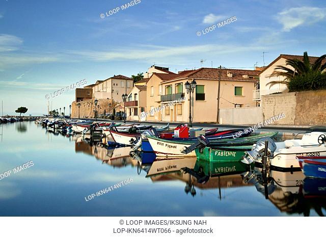 Petit Port des Nacelles of Meze