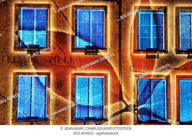 'Thionville Lumières' Festival of light. The city hall. Lighting designer : Benoît Quero. Moselle. France