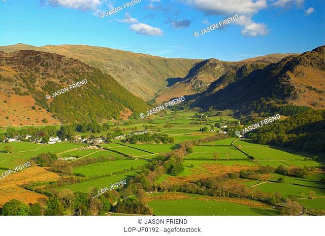 England, Cumbria, Borrowdale Valley, Borrowdale Valley looking towards Stonethwaite Beck and the Langstrath Valley