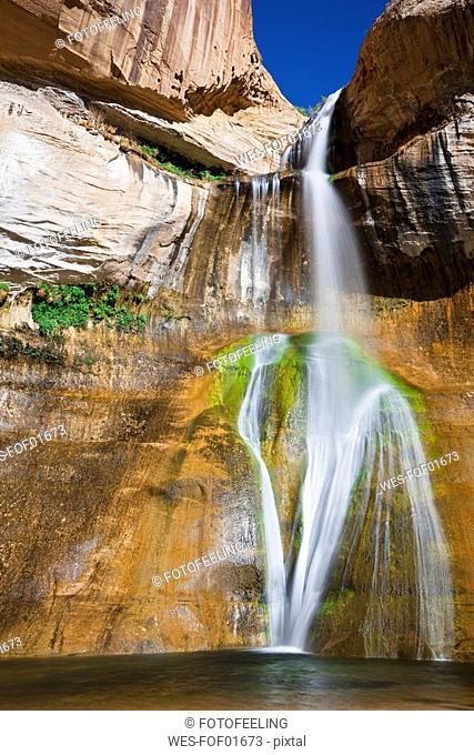 USA, Utah, Grand Staircase-Escalante National Monument, Calf Creek Falls