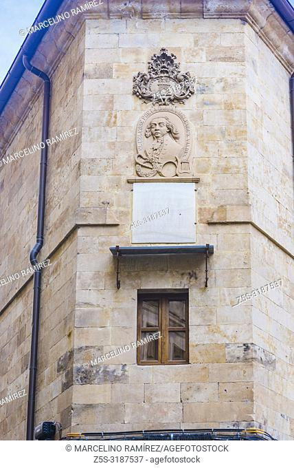Bust of Juan Melendez Valdes, poet and politician, at the corner of Melendez and Compania streets, Salamanca, Castilla y Leon, Spain, Europe