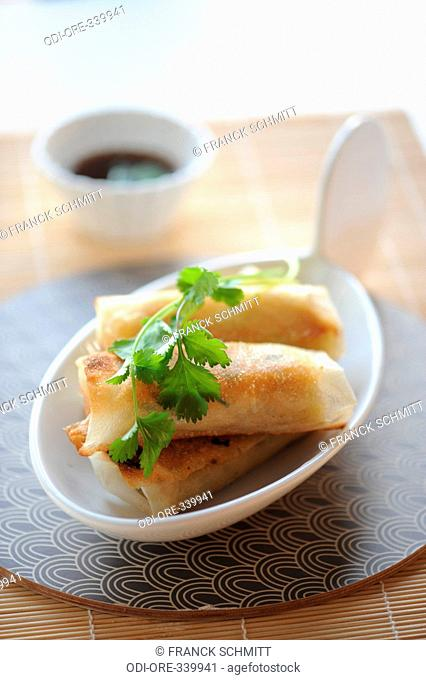 Chiken coriander hooney rolls