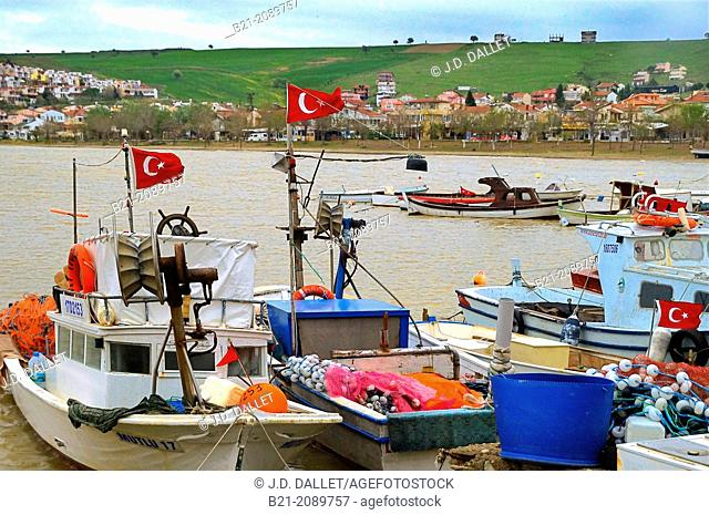 Fishing village on the Gulf of Saros (Saros Körfezi, Saros Bay) between the Dardanelles and Greece, Turkey