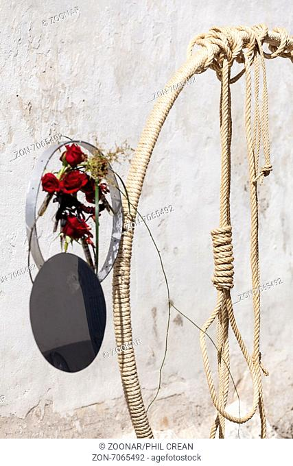 Inspired by scenes from the passion of Christ various artists, florists and gardeners create large format compositions in the streets of the old town of Guia de...