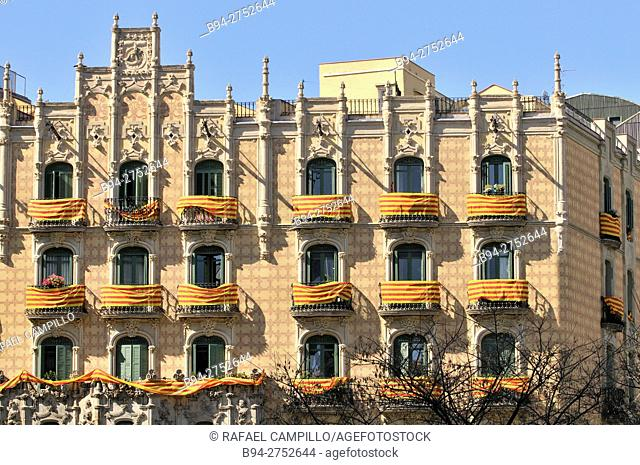 Catalonia Flags on balconies. St. George's Day, Catalan holiday. Ramos Houses. 1906. 30-32, Lesseps square. Architect Jaume Torres i Grau, Barcelona, Catalonia