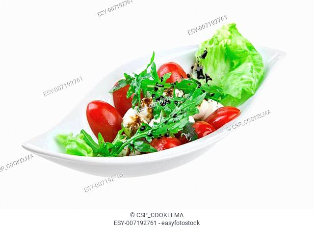 salad with quail eggs