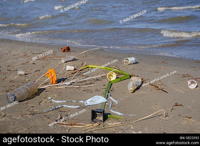 Symbolic image Environmental pollution, plastic waste on the banks of the Danube, Danube delta, Vylkove, Ukraine, Europe